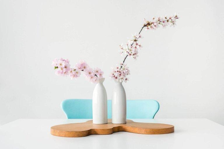 Zo staan voorjaarstakken lang op vaas