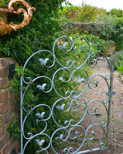 5 tips voor een nieuwe tuinpoort of tuinhek for Tuin uittekenen