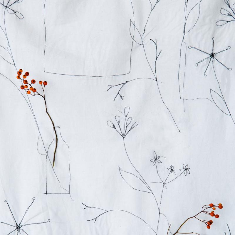 Zelf maken: wandkleed met takjesdessin