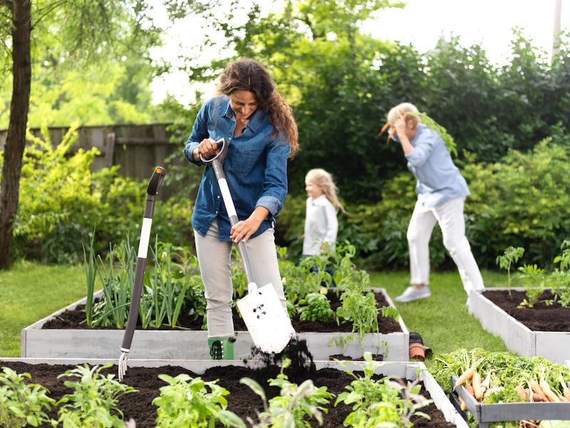 Easy garden gadgets