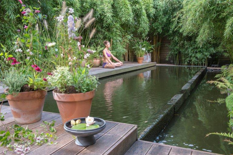 Inspiratie: Rustgevende Yogatuin in Amsterdam