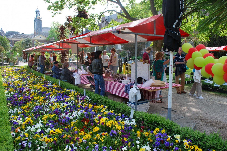 Hortus Leiden plantenmarkt